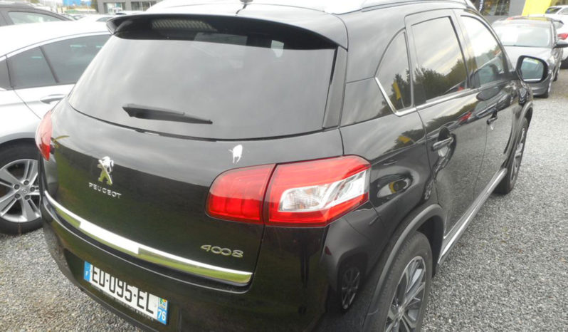 PEUGEOT 4008 115CH HDI STYLE full